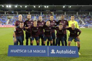 La SD Huesca y Autolíder celebran 16 años juntos